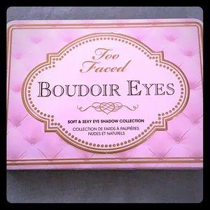 Too faced boudoir eyes palette like new